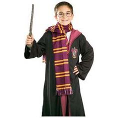 The Harry Potter Gryffindor Economy Scarf is a perfect accessory for your Halloween costume this year. Accessorize your costume with our exclusive props, decorations, wigs and many more at Costume SuperCenter. Set your costume above the rest! Maske Halloween, Hallowen Costume, Costume Ideas, Cosplay Costumes, Lord Voldemort, Harry Potter Enfants, Harry Potter Gryffindor Scarf, Harry Potter Accessories, Harry Potter School