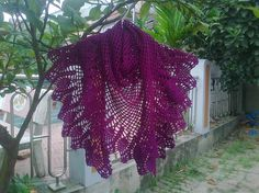 Crochet pineapple shawl {PRB's Wonderland}