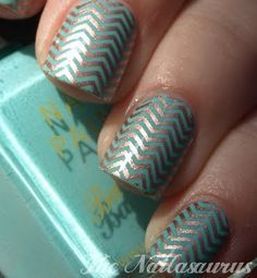 Zig zag, gray and, turquoise.