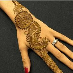 Amazing collection of Mehandi Designs for Back side of the Hand