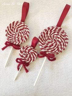 Diy christmas crafts 176977460340889757 - Yarn Lollipop Christmas Ornament Across the Blvd 3 sizes Source by thepaintedapron Diy Gifts For Christmas, Christmas Ornament Crafts, Felt Christmas, Homemade Christmas, Christmas Projects, Holiday Crafts, Christmas Decorations, Christmas Cactus, Diy Yarn Ornaments