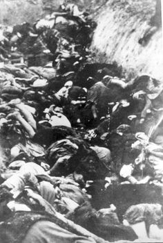 Ostrow Mazowiecka, Poland, Bodies of 356 Jewish hostages who were shot on 11/11/39