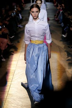 Carolina Herrera Fall 2018 Ready-to-Wear Collection - Vogue