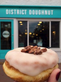 District Doughnut, Washington D.C.   BlondeBananaBlog.com