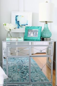 master-bedroom-makeover-reveal-walk-in-closet-makeover-reveal-at-the-happy-housie-36
