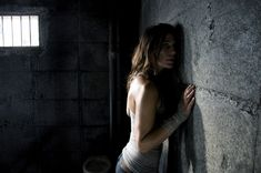 she sort refuge against the wall, was it because the wall was far from me, or because it was stronger than her?