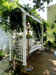 Beautiful white pergola with swing  / #pergola #swing #outdoorspaces / Via: https://freshideen.com/gartenmoebel/gartenschaukel.html