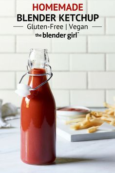Learn how to make this homemade vegan ketchup. This recipe is super easy and tas. Learn how to make this homemade vegan ketchup. This recipe is super easy and tastes incredible. Just throw everything into your blender and simmer. Homemade Ketchup Recipes, Homemade Sauce, Sauce Recipes, Jelly Recipes, Salt Free Ketchup Recipe, Tomato Ketchup Recipe, Homemade Seasonings, Blender Recipes, Sauces