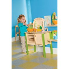 #MyFirstToddlerPlayKitchen! I would love to win this for my daughter!! Wish I'd had something like it with my boys!