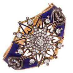 "Victorian Enamel and Diamond ""Sunburst Heart"" Bangle Bracelet offered by Fourtané on InCollect Victorian Jewelry, Antique Jewelry, Vintage Jewelry, Antique Gold, Gold Bangle Bracelet, Gold Bangles, Jewelry Bracelets, Bracelet Box, Enamel Jewelry"