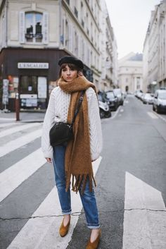 STYLING THE OVERSIZED SCARF