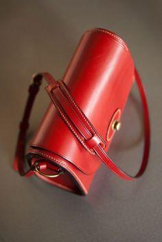 sac à main trapézoïdal rigide - leather trapezoid shoulder bag