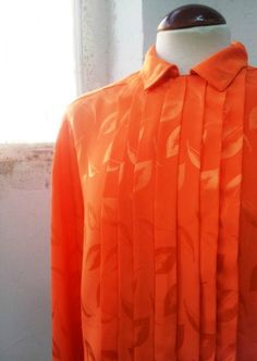 Vintage 80s Bright Orange Shirt. por Laimperdible en Etsy