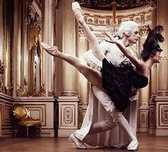 Bailando en la corte [] Dancing in palace