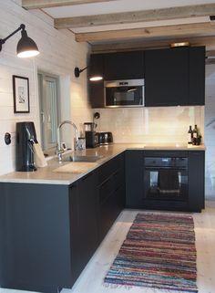 What's New in Modern Kitchen Design? Modern Kitchen Cabinets, Modern Kitchen Design, Interior Design Kitchen, Home Decor Kitchen, Kitchen Furniture, New Kitchen, Black Kitchens, Home Kitchens, Black Ikea Kitchen