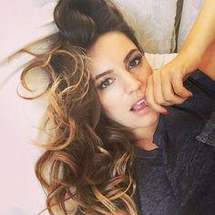 Haarpflege über Nacht: So wachst du morgen früh mit einer Traummähne auf!