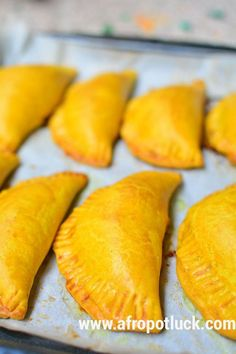 Jamaican Meat Pie or Jamaican Beef Patty VIDEO: Jamaican Meat Pie (Jamaican Beef Patty) is a Jamaican appetizer. It is a flaky, flavorful yellow crust filled with spicy/savory meat filling. Jamaican Appetizers, Jamaican Meat Pies, Jamaican Beef Patties, Jamaican Patty, Jamaican Cuisine, Jamaican Dishes, Meat Appetizers, Jamaican Recipes, Beef Recipes