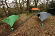 The ground is for suckers. These awesome tents are portable tree forts! Idea: Set up pony underneath to keep out of rain if necessary - Dilemma: Need wide area and Triangular trees