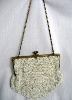2b796bd04 105 Best Beaded Bags images in 2013 | Beaded bags, Beaded purses ...