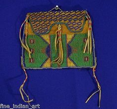 Authentic-Brule-Sioux-Indian-Beaded-Bag-with-Quill-circa-1885