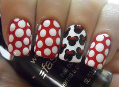 Minnie Mouse Nails Dale-Krieger Carla probably won't sit still long enough for this manicure! Nails & Co, Get Nails, Love Nails, How To Do Nails, Pretty Nails, Hair And Nails, Minnie Mouse Nail Art, Mickey Nails, Mickey Mouse