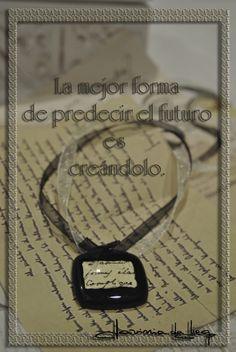 #colgante #collar #vintage #romántico #vidrio #plata #frases #reflexiones #sepia #handmade #jewelry  www.daviniadediego.com