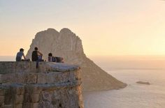 Sin palabras, maravillosa #Ibiza.   www.onnaibiza.us