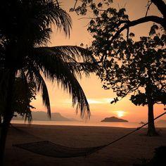 #석양 #해먹 Another great #sunset View fr my #privatevilla  @fslangkawi  #melting .  #여행스타그램 #말레이시아 #랑카위  #포시즌스 #리조트 #langkawi  #fourseasons #resort #travel  #fourseasonslangkawi  #vacation #exotic #destination  #hammock