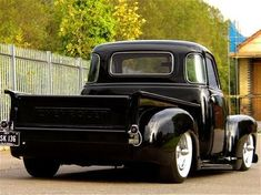 Vintage Trucks Classic 1949 Chevrolet Truck by allie Classic Pickup Trucks, Old Pickup Trucks, Hot Rod Trucks, Gm Trucks, Lifted Trucks, Cool Trucks, Dually Trucks, Lifted Ford, 54 Chevy Truck