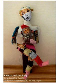 Dernier projet en cours au fond de l'atelier et entre deux séries de toiles, ces poupées très spéciales pour moi... il va me falloir du temps pour appréhender tout ce qui se joue là mais ce qui est sûr c'est qu'elles me soulagent, me portent, me rassurent...