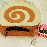 Homemade coin purse of coffee cake