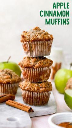 Pear Recipes, Fruit Recipes, Fall Recipes, Sweet Recipes, Baking Recipes, Dessert Recipes, Baking Muffins, Cinnamon Muffins, Apple Cinnamon
