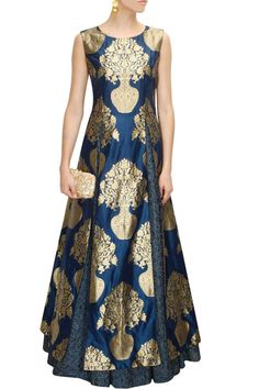 Midnight blue floral print lehenga available only at Pernia's Pop-Up Shop.