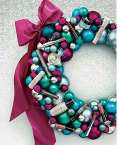 Beautiful Christmas wreaths made custom for that special person in your life. www.marykay.com/ambermunk  code: wreath