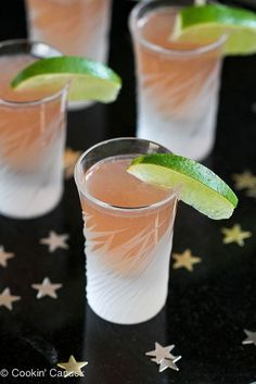 Cranberry Kamikaze Shot or Cocktail Recipe, perfect for entertaining on New Year's Eve! Cranberry Vodka, Triple Sec, Lime Juice and Cranberry Juice. Party Drinks, Fun Drinks, Beverages, Party Shots, Cocktail Parties, Cocktail Shots, Cocktail Recipes, Caesar Cocktail, Martini Recipes