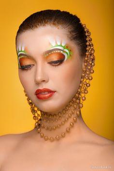 undefined Eye Makeup Art, Skin Makeup, Eyeshadow Makeup, Crazy Makeup, Makeup Looks, Extreme Makeup, Fantasy Make Up, Orange Lips, Pinterest Makeup