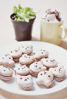 Bear Macarons with butter chocolate filling! ʕ•̀ω•́ʔ✧