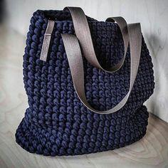 Everyday Tote Bag/ Crochet Shoulder Bag/ Everyday Woman's Bag/ Shopper Bag/ Tote Bag/ Everyday Bag Tote/ Navy Tote/ Crochet Tote Recycled Gehäkelte Einkaufstasche / Schultertasche von KnitKnotKiev Bag Crochet, Chunky Crochet, Crochet Handbags, Crochet Purses, Chunky Yarn, Crochet Summer, Free Crochet, Crochet Woman, Crochet Crafts