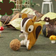 Stuffed Animal Squirrel - Japanese Felt DIY Kit - Die Cut Felt Easy Animal Pattern & Kits - Kawaii Adorable Retro Doll, Girl Toy -  F106