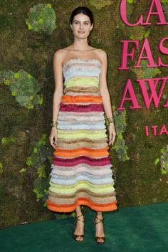 8e4009c7a Isabeli Fontana com vestido Missoni feito com materiais do arquivo da  marca! Tapete Vermelho