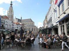 Breda, The Netherlands  Als de zon schijnt is het bere gezellie..dus laat hem maar jaar lang volop warm schijnen. :-)))