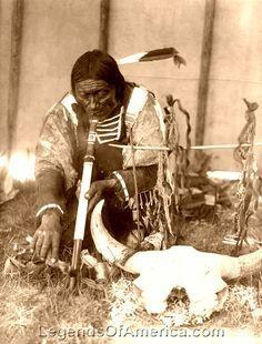Dakota Sioux with calumet, 1907 - Edward S. Curtis