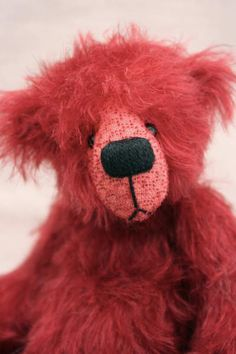 Cavendish by By Scruffie bears -- MAKES ME SMILE REALLY BIG.  DIFFERENT AND ADORABLE.