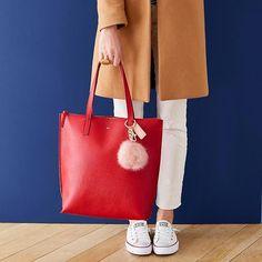 99f9f9476690e Daily Leather Tote  makeyourmark  Designerhandbags Zapatos, Carteras,  Bolsos De Mano De Coach