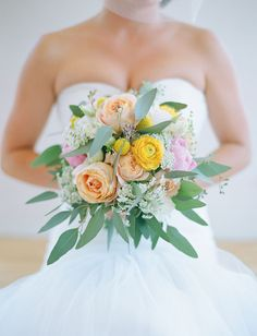 ranunculus + queen anne's lace and roses - so lovely!