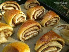 Klinčekové škoricové koláče (fotorecept) - Recept