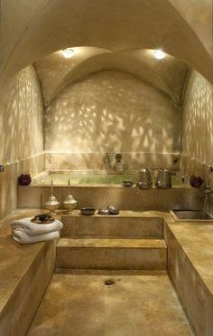 Tepidarium, caldarium or laconium with bathing tub