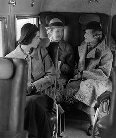 Deutschland: Passagiere in einem Flugzeug ullstein bild - Malina/Timeline Images, 1935