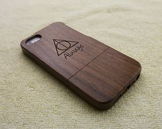 Wood iPhone case wood iPhone 5S case wood iPhone 5 case by WoWood