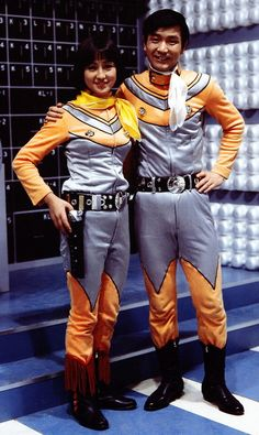 北斗星司 (高峰圭二)と南夕子(星光子) Ultraman Ace's human hosts:  Hokuto and Minami from TAC's Big Dipper Division.